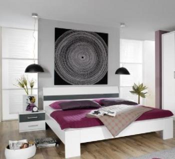 Futonbett und Nachttisch Relation Plus